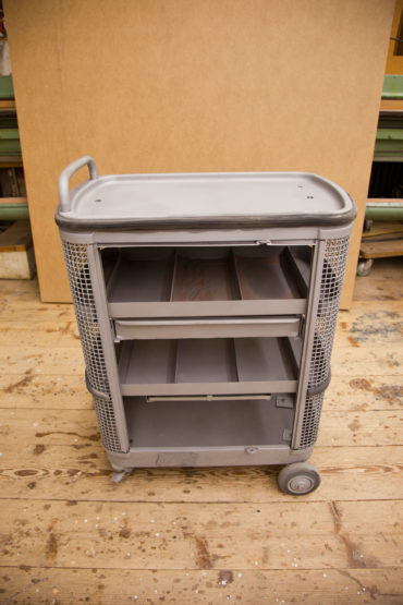 2 M Sandstrahltechnik 135127 Werkzeugwagen 002