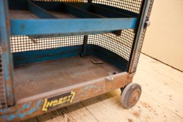 2 M Sandstrahltechnik 135127 Werkzeugwagen 011