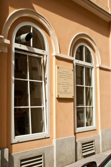 2 M Sandstrahltechnik 264030 Gedenktafel Bezirkmuseum 001